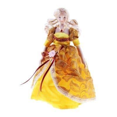 Коллекционная кукла Лаура в кружевном платьеКуклы<br>Коллекционная кукла Лаура в кружевном платье станет приятным подарком как взрослым, так и детям. Высота 23 см.<br><br>Лаура одета в платье оранжевого-желтых цветов в пол. Она элегантна и грациозна. Светлые волосы собраны в красивую прическу.<br>