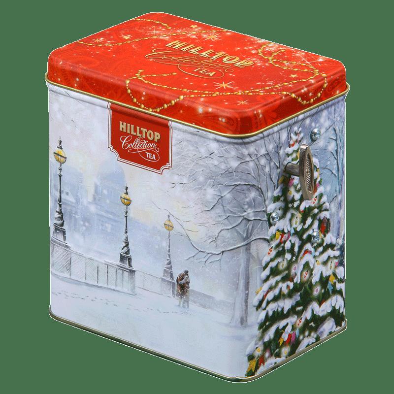 Подарочный набор чая в музыкальной шкатулкеЧай и кофе<br>Черный крупнолистовой чай с цедрой лимона и ароматом бергамота Hilltop Заснеженный город в подарочной музыкальной шкатулке станет прекрасным подарком и дополнением к праздничному ужину для ваших друзей и близких. Вес: 125г.<br>